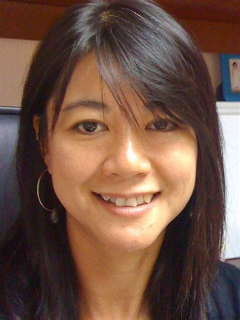 dr low dr brenda low consultant obstetrician and gynaecologist surgeons international