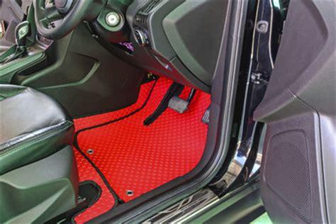 Fußmatten Im Auto Reinigen by Schmutzfangmatten Reinigen So Werden Automatten Sauber