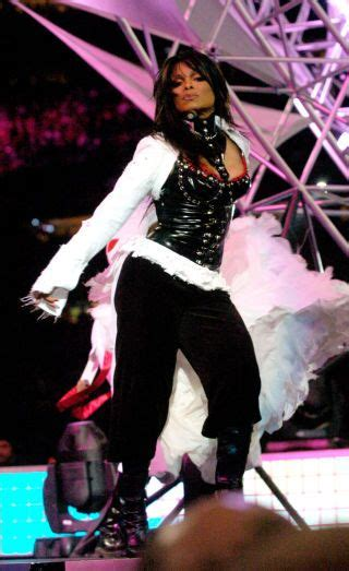2004 Bowl Halftime Show Wardrobe by The Evolution Of Bowl Halftime Fashion Janet