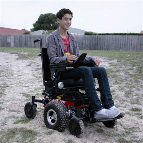 fauteuil tout terrain electrique fauteuil roulant 233 lectrique frontier v6 fauteuil tout terrain sofamed