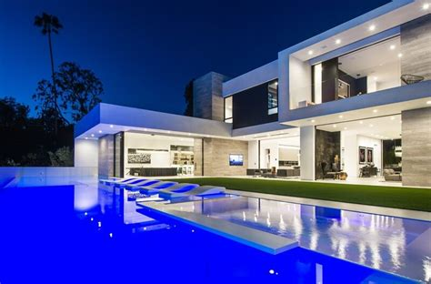 House Plans Two Master Suites One Story by A Luxury Beverly Hills Contemporary Home Ealuxe