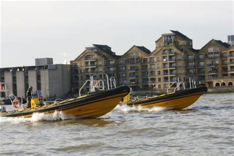 speed boat up the thames the river thames guide corporate functions