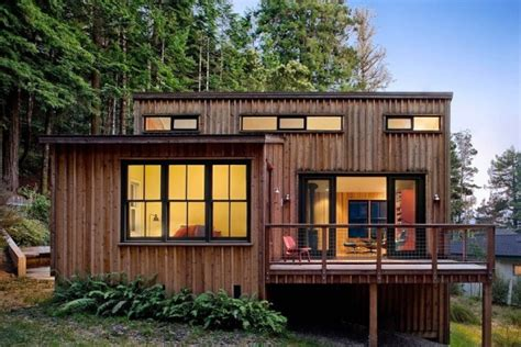 small modern cabins 840 sq ft modern and rustic small cabin in the redwoods