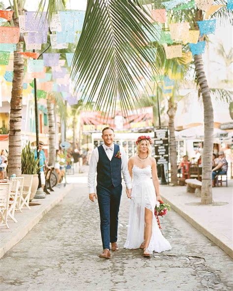 This Mexico Wedding Was Bursting with Bold Colors   Martha Stewart Weddings