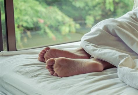 cold feet in bed met service issues orange warning about your partner s