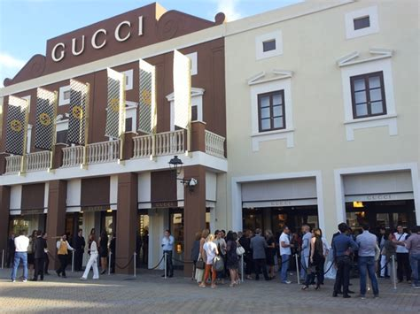 best outlets in italy best italian stores