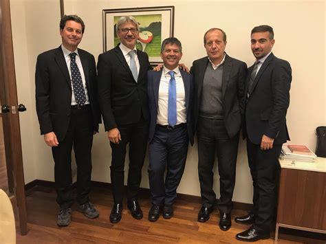 unicredit palermo sede centrale siglata nuova convenzione tra confeserfidi e unicredit