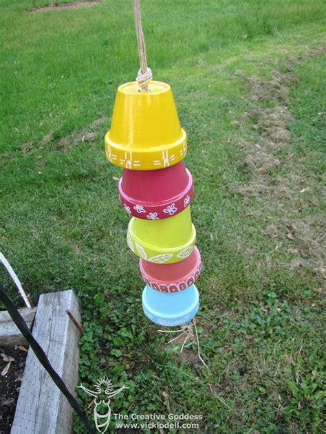 Garden Using Clay Pots Garden Crafts Clay Pot Chain Vicki O Dell The