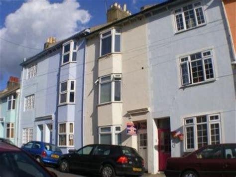 6 bedroom student house brighton rightmove co uk