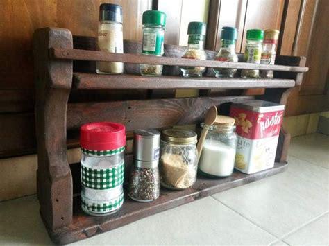 mensola portaspezie oltre 25 fantastiche idee su porta spezie da cucina su
