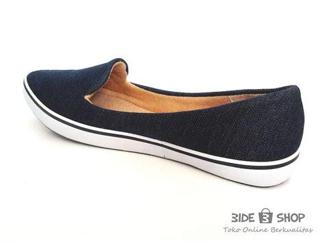 Sepatu Flat Shoes Snacker Pt01 jual flat shoes denim biru ringan sepatu wanita