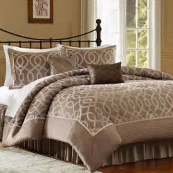 jaclyn smith bedroom furniture jaclyn smith 4 piece ogee comforter set 59 99 kmart for the home pinterest jaclyn smith