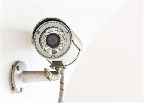 compare home surveillance cameras 24 7 home security