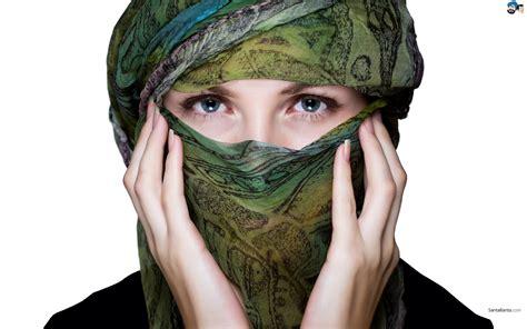 wallpaper wanita cantik muslimah koleksi wallpaper wanita muslimah bercadar