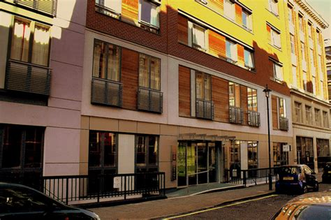 london thames youth hostel the best youth hostels in london londonclub co uk