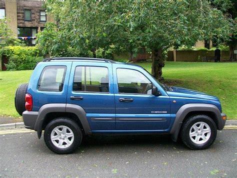 jeep cherokee blue used jeep cherokee 2004 diesel 2 5 crd sport 5dr 4x4 blue