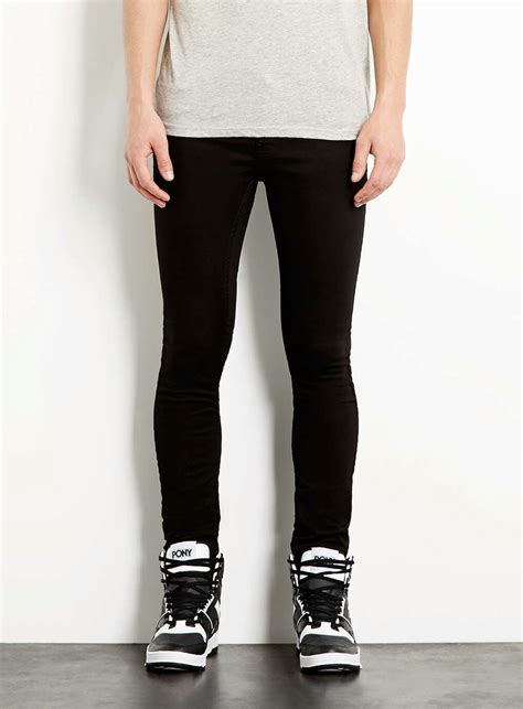 what do you think about men wearing skinny jeans clothing what do girls think of guys wearing skinny jeans like