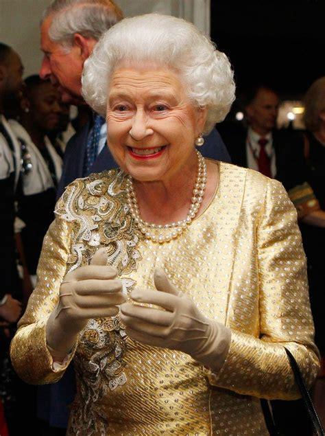 queen elizabeth biography in hindi 17 best images about queen elizabeth ii on pinterest