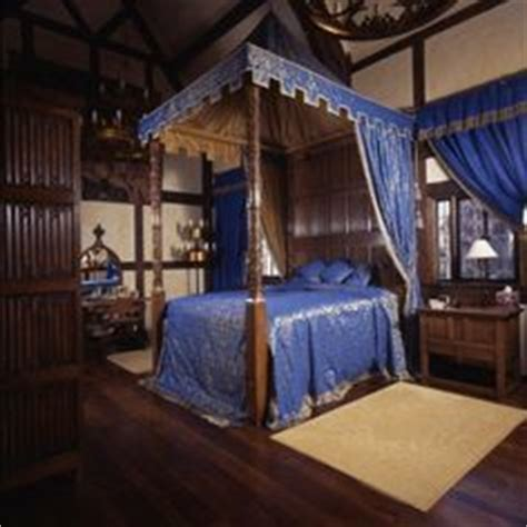 medieval canopy bed google search dream home 1000 images about ravenclaw on pinterest hogwarts