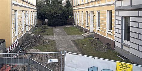vhw wohnungen streit um historische geb 228 ude sanierung oder neubau taz de