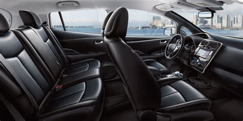 nissan frs interior 201 quipements nissan leaf voiture 100 233 lectrique nissan