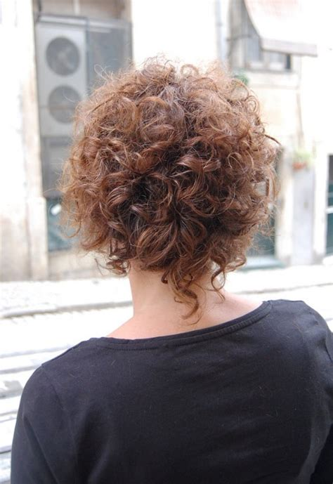 vies of side and back of wavy bob hairstyles curly bob haircuts 2013 back view html autos weblog