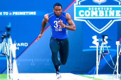 nfl combine bench results nfl combine records fastest 40 times best bench press