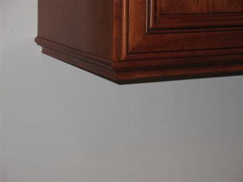 kitchen cabinet bottom molding bottom of upper cabinet molding to hide lights 2008 04