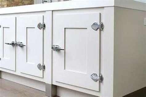 Farmhouse Kitchen Cabinet Hardware by Farmhouse Style Cabinet Hardware Lawhornestorage