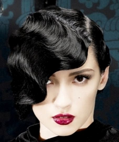 Women Classic Elegant Hairstyle Picture.PNG
