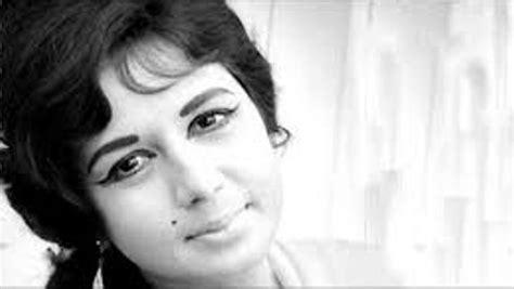 biography hindi film actress nanda bollywood actress nanda dies at 75 showbiz bites