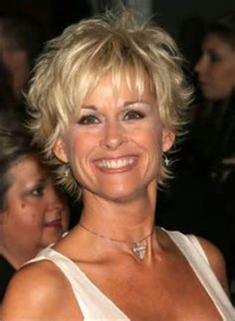 lorrie morgan hair 1000 images about short and sassy on pinterest kaley
