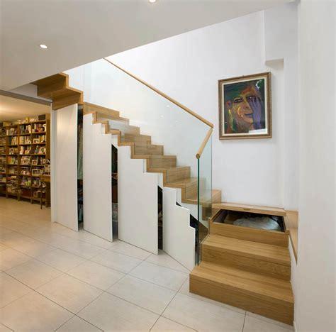 scale armadio scala a sbalzo con armadio sottostante