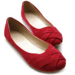 shoes for flat womens comfortable flat shoes hairstyle 2013