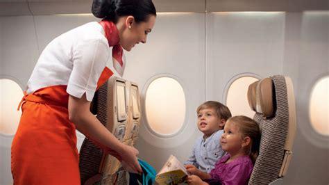 emirates unaccompanied minor maman sans fronti 232 res premier voyage seule en avion avec