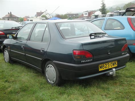 peugeot car 306 1995 peugeot 306 sedan pictures information and specs