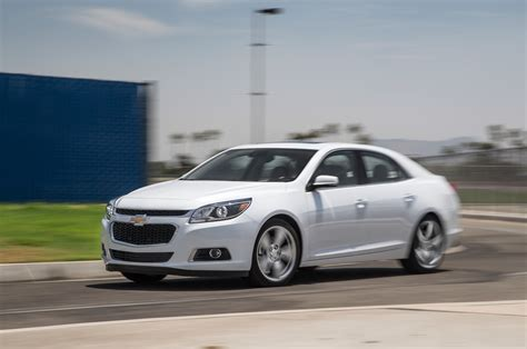 2015 chevrolet malibu turbo promo photo 31