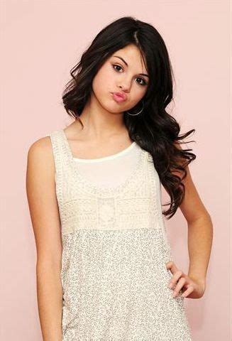 biography selena gomez selena gomez biography music is my life