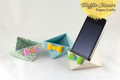 Origami Iphone Stand - tutorial easter triangle containers five winners