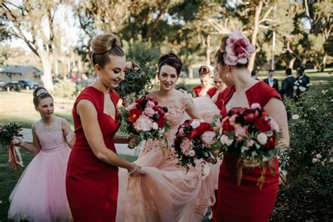 aussie couples cut costs in cheap wedding reality show what s the average price of wedding flowers