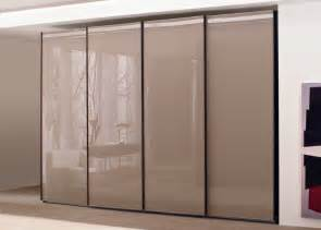 garderobe glas lacquered glass sliding door wardrobe sliding door wardrobes