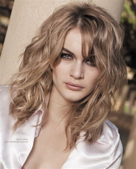 Hairstyles For Thin Frizzy Hair by Haircuts For Thin Wavy Frizzy Hair Haircuts Models Ideas