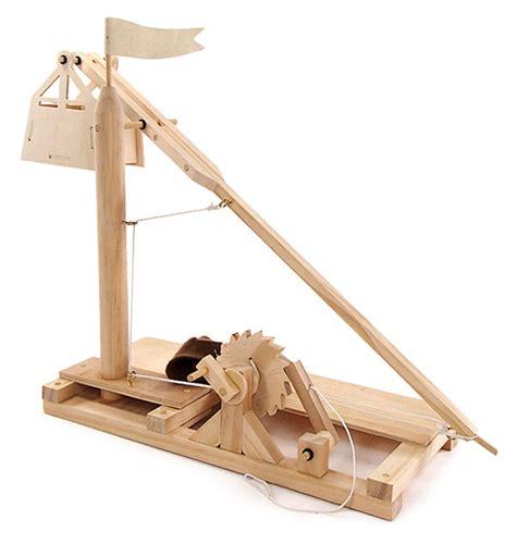 wooden kit leonardo da vinci wooden invention kits trebuchet thinkgeek