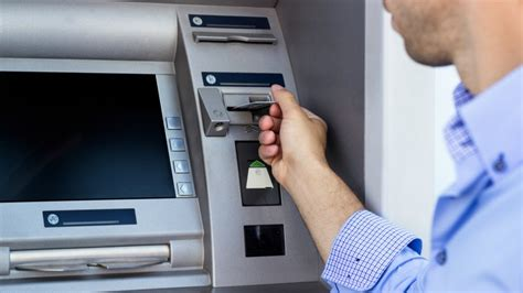 how to make a credit card skimmer how to spot and avoid credit card skimmers one page