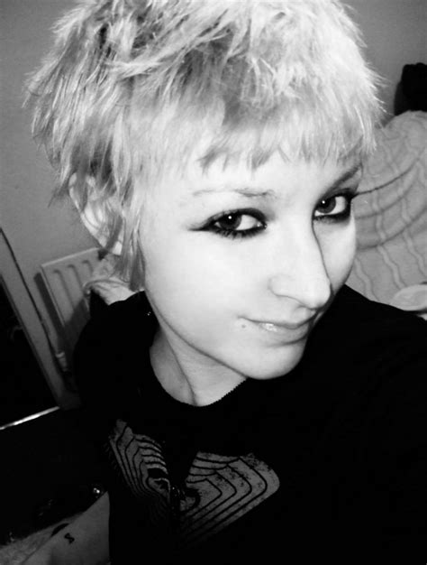 pixie cuts for 2014 20 amazing short pixie cuts for 2014 pictures of pixie cuts latest pixie haircuts 2014