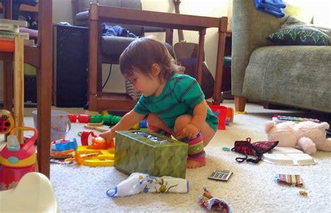 imagenes niños recogiendo sus juguetes blog mis peque 241 os pasos ense 241 arle a tu ni 241 o peque 241 o a