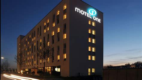 Häuser Kaufen Frankfurt Niederrad by Flughafenhotel Motel One Frankfurt Airport Hotels