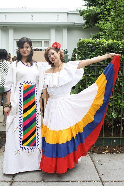 traditional dress of wayuu and llanera in 2019 world