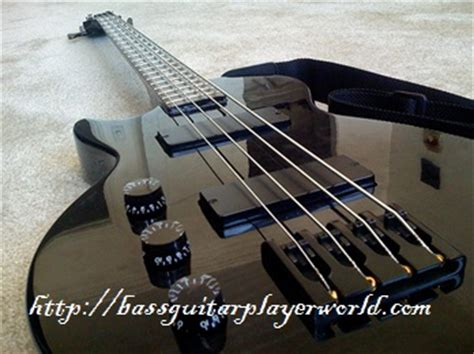 Bass Adjustment Knob by Adjusting The Height For An Optimum Signal Output