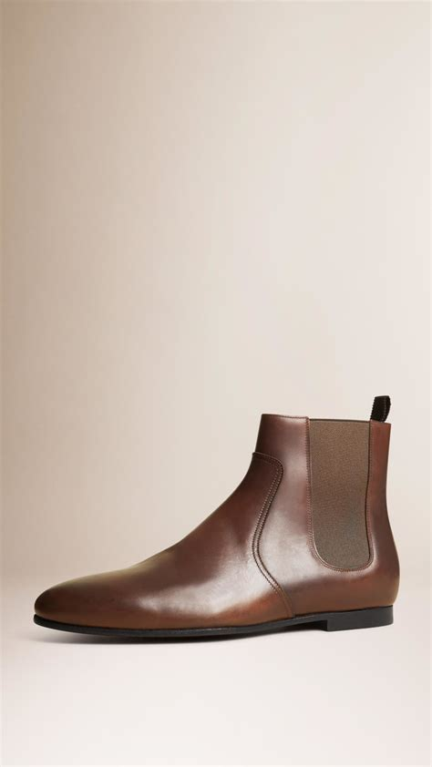 burberry boots mens lyst burberry leather chelsea boots peppercorn in brown